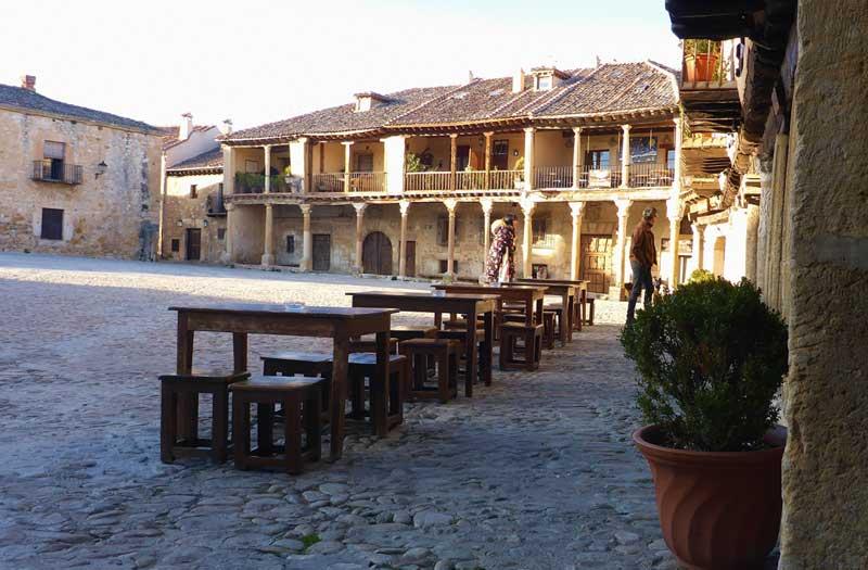 Restaurante El soportal, comer un buen cochinillo en Pedraza